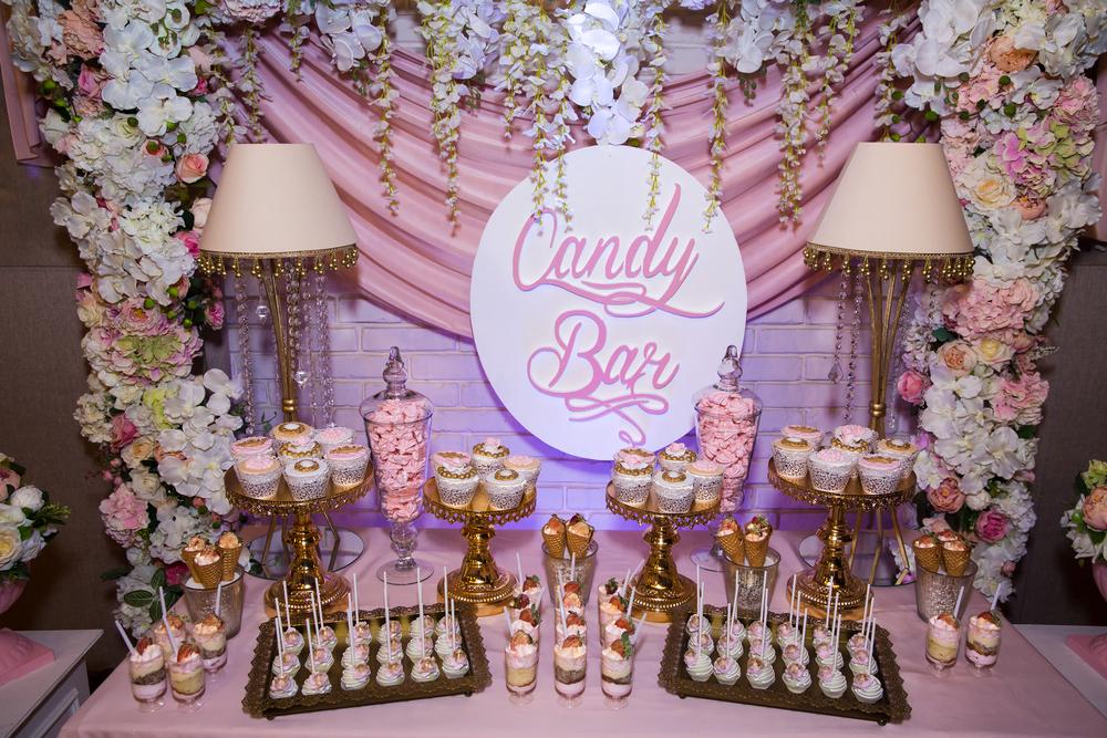 Cómo diseñar una candy bar para Baby Shower y sorprender a tus invitados